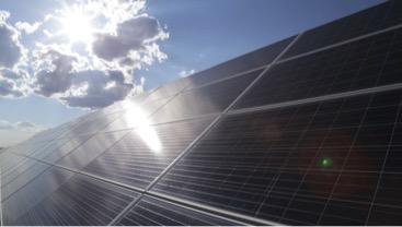 Banque des Territoires adquiere el 50% de la cartera eólica y solar de Total